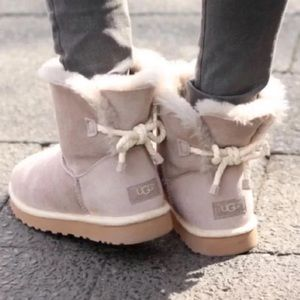 🆕 Authentic UGG gray rope bow boots- size 8